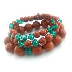 Zestaw rudych bransoletek z kamieni piasku pustyni i szmaragdowymi kryształkami szklanymi