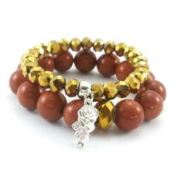 Komplet bransoletek kamienie piasek pustyni i kryształowe oponki w kolorze złota z charmsem różą.