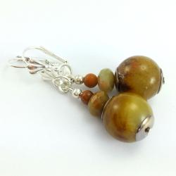 Kolczyki z kamieniami naturalnymi bursztynowo brązowego agatu.