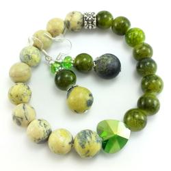 Zielony komplet biżuterii z turkusem afrykańskim, kryształkami i szklanymi koralikami
